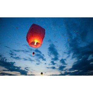 PartyDeco Lampion štěstí - Srdce červené 33x83x90 cm