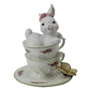 Dekorace bílé králičí slečny v porcelánových šálcích s motýlem - 12*12*15 cm