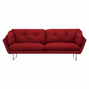 Červená třímístná pohovka Windsor & Co Sofas Comet