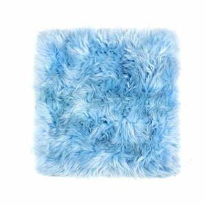 Světle modrý podsedák z ovčí kožešiny na jídelní židli Royal Dream Zealand, 40x40cm