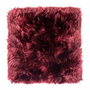 Červený podsedák z ovčí kožešiny na jídelní židli Royal Dream Zealand, 40x40cm