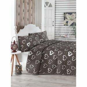 Hnědý prošívaný přehoz přes postel se 2 povlaky na polštáře Amor, 200 x 220 cm